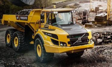 Caminhões articulados A30F Volvo