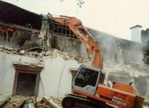 Demolição por equipamento, mecânica.
